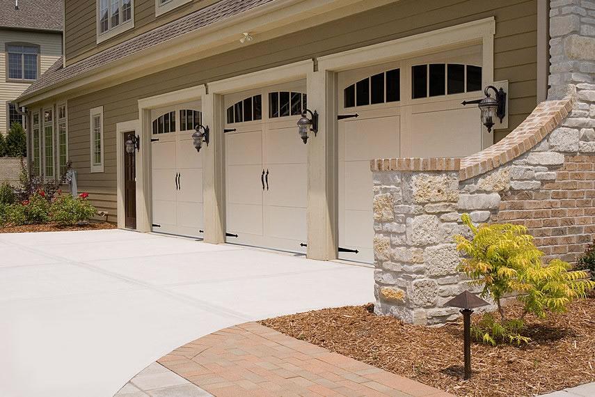 almond garage doorGarage Door  5331A with Arched Madison Windows Almond  Door Doctor
