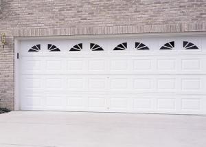 Garage Door U2013 Traditional Short Panel With Wagonwheel Windows, White